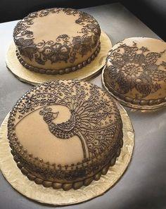 Henna inspired cake decor                                                                                                                                                      More