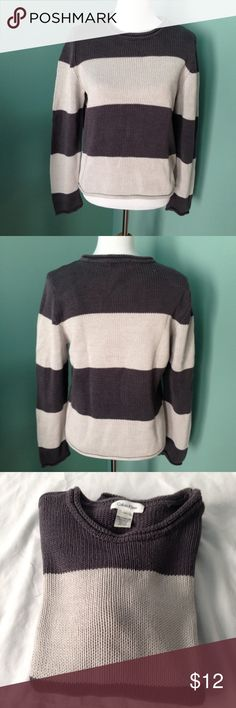 "Calvin Klein pullover sweater Charcoal/gray colored cable knit sweater. It's perfect for fall! Shoulder 16"" length 23"" sleeve 25"". Excellent condition Calvin Klein Sweaters Crew & Scoop Necks"