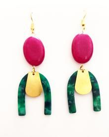 We provide high quolity handmade jewellery made with semiprecious stones. We also love to combine vintage supplies with new techniques in order to make unique designs. Geometric Jewelry, Some Times, Basic Colors, Malachite, Color Blocking, Color Pop, Handmade Jewelry, Jewelry Making, Make It Yourself
