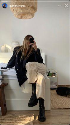 Fashion Outfits, Womens Fashion, Fashion Trends, Types Of Fashion Styles, Autumn Winter Fashion, Winter Outfits, What To Wear, Cute Outfits, Fashion Looks