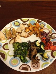 Grilled Chicken with Roasted Sweet Potatoes and Veggies.  21 Day Fix: 1 red, 1 yellow, 2 green