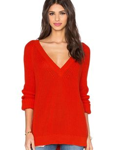 2017 Europe Fashion Sexy Deep V Neck Winter Sweater Women Leisure Solid Color Red Lady Sweaters and Pullover Female Knitted