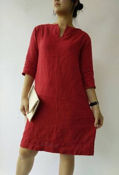 linen tunic New! This listing is for ONE pre-washed sleeve linen dress , tunic dress. You can wear itself pair with high heels, or boots or pair with jeans / legging as tunic w Modest Fashion Hijab, Fashion Dresses, Linen Tunic Dress, Red Tunic, The Dress, Dress Red, Casual Looks, Blouse, How To Wear