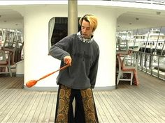 ▶ Poi Dancing Tutorial: How to Learn Isolations (Intermediate) - YouTube