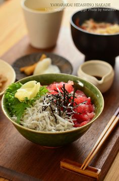 Japanese Tekka Shirasu Don, Tuna and Young Sardines on Rice 鉄火しらす丼