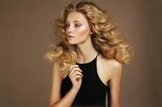 Free-flowing waves. Strong and healthy hair makes even the simplest styles look spectacular.