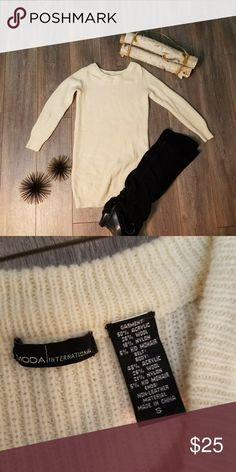 Victoria Secret (M.I.) off White sweater dress Very simple but cute/ cozy sweater dress. Dress up with some thigh high boots and throw on a belt to add a waist! Lightly worn. Very good condition Moda International Dresses Midi