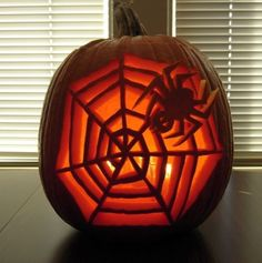 Pumpkin carving idea 13 http://itthing.com/15-unique-pumpkin-carving-ideas-you-can-actually-use