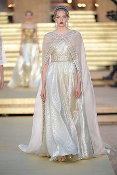 Fashion Week, Look Fashion, Runway Fashion, High Fashion, Fashion Show, Fashion Design, Gothic Fashion, Victorian Fashion, Dolce & Gabbana
