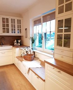 All Details You Need to Know About Home Decoration - Modern Kitchen Room Design, Home Room Design, Home Decor Kitchen, Kitchen Furniture, Kitchen Interior, Home Interior Design, Home Kitchens, House Design, Farmhouse Style Kitchen