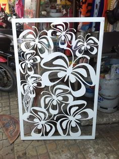 The vector file 'Buom Moi Free Vector' is a Coreldraw cdr ( .cdr ) file type, size is KB, under butterfly, design vectors. Metal Artwork, Metal Wall Art, Jaali Design, Plasma Cutter Art, Laser Cut Screens, Diy And Crafts, Paper Crafts, Lampe Decoration, Metal Screen