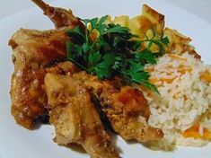Coelho frito com vinho branco Portuguese Recipes, Portuguese Food, Portugal, Poultry, Curry, Food And Drink, Cooking Recipes, Meals, Chicken
