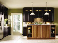 Diamond Vibe Hagercabinets Caito Maple Limestone Cabinets
