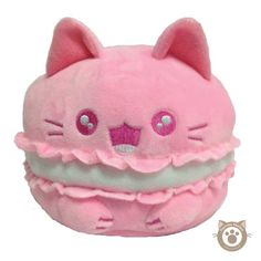 It's a while since we checked in with Kimchi Kawaii and they have so many cute new plushies! The Purrista Pawfee line is especially cute since it combines two of our favourite things: cats and food! Who doesn't want a pink mewcaroon with a cup of catpuccino (sleepy decaf for me, thanks) or maybe you prefer a danish pawstry or biskitti? Check out the full range at Kimchi Kawaii, which also includes keyrings, magnets, lanyards and more.