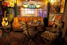 Photo of Warner Bros. Studio, Los Angeles: Central Perk from Friends