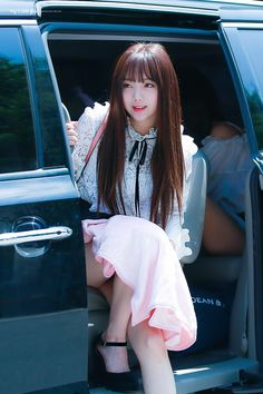 愼 ☼ ριητεrεsτ policies respected.( *`ω´) If you don't like what you see❤, please be kind and just move along. Kpop Girl Groups, Korean Girl Groups, Kpop Girls, Lovelyz Kei, Yoon Sun Young, Asia Girl, First Girl, Kawaii Cute, Korean Model