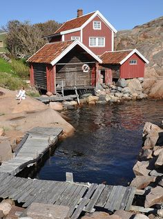 Lysekil Old fishing huts still preserved and painted in the classic Swedish red Hidden Places, Places To Go, Red Houses, Sweden Travel, Swedish House, Archipelago, Country Life, My Dream Home, The Best