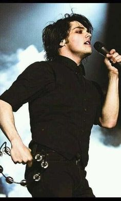 gerard and that goddamn tambourine