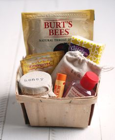 21 DIY gift baskets that really are perfect for any occasion! These DIY gift baskets will be loved by all! baskets diy 21 DIY Gift Baskets That Are Perfect For Any Occasion Diy Gift Baskets, Christmas Gift Baskets, Diy Christmas Gifts, Holiday Gifts, Basket Gift, Basket Raffle, Blue Christmas, Christmas Photos, Christmas Themes