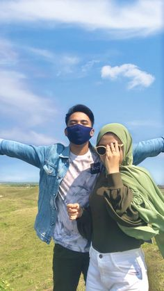 Ulzzang Couple, Ulzzang Boy, Hijab Fashion, Fashion Outfits, Role Player, Bff Pictures, Aesthetic Girl, Asian Boys, Couple Photography