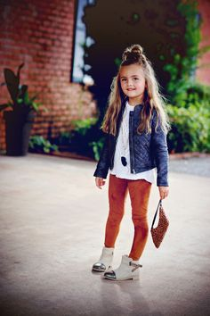 outfit style for kids during winter season 20 Girls Fall Outfits, Outfits Niños, Little Girl Outfits, Little Girl Fashion, Toddler Outfits, Fashion Outfits, Little Girl Style, Girls Fashion Clothes, Toddler Fashion
