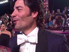 Chayanne En Premio Lo Nuestro se sorprende al ver a Oscar Pyzyk