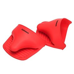 Cuisinework kitchen Helper Silicone 2 Multipurpose Oven Mitts set Red * More info could be found at the image url.Note:It is affiliate link to Amazon.