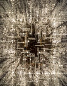 In the hotel Hilton Barra, Rio de Janeiro. By Arquitetura Corporativa. Apparently, it forms a divider between the hotel lobby and the bar. Light Art, Lamp Light, Pendant Lamp, Pendant Lighting, All Of The Lights, Luminaire Design, Commercial Design, Ceiling Design, Public Art