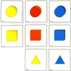 El vídeo (julio 2007) muestra cómo Erik ordena por formas. La terapeuta ha puesto sobre cada uno de los cubos bocabajo una figura geométrica... Coasters, Playing Cards, Tea, Montessori Sensorial, Herb, Grow Taller, Shapes, Crates, Colors