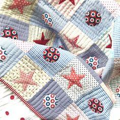 Instagram Helen Phillips, Coastal Quilts, Hand Quilting, Stargazing, Cupboard, Baby Gifts, Blanket, Sewing, Instagram