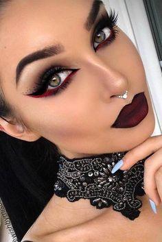 27 idées de maquillage Glam et Sexy Vam. 27 Make-up-Ideen für glamouröse und sexy Vampire 2019 Maquillage Halloween Vampire, Make Up Gesicht, Goth Makeup, Burlesque Makeup, Zombie Makeup, Sexy Makeup, Chanel Makeup, Ninja Makeup, Werewolf Makeup