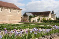 Outside the chateau de Rivau, near Chinon, May 2013