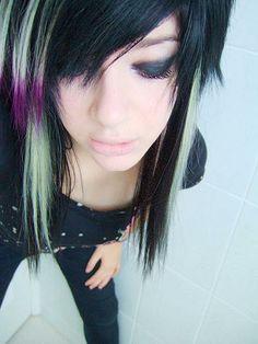 emo hair with highlights | Emo Hair | Emo Hairstyles | Emo Haircuts