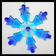 Glassworks Northwest - Blue Snowflake - Fused Glass Ornament. $20.00, via Etsy.
