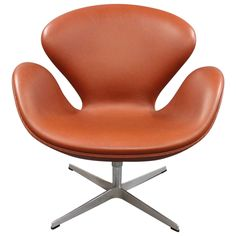 Arne Jacobsen Swan Chair Model 3320 Manufactured in 2008 by Fritz Hansen | From a unique collection of antique and modern lounge chairs at https://www.1stdibs.com/furniture/seating/lounge-chairs/