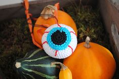 Ravelry: Happy Eyeball, halloween pattern by Renske de Busschere