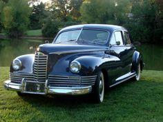 1946 Packard Deluxe Clipper Touring Sedan (2101) '1945–46