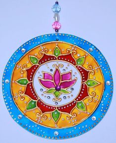 originalyexclusiva | MANDALAS Mandala Art, Mandala Drawing, Cd Crafts, Diy And Crafts, Arts And Crafts, Glass Painting Designs, Paint Designs, Mosaic Art, Mosaic Glass