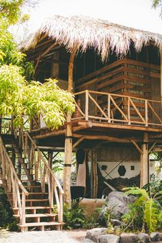 Simple living - The sense of tropical house design Bamboo House Design, Tropical House Design, Tropical Houses, Surf Shack, Beach Shack, Granada, Beach Bungalows, Villa Design, The Design Files