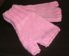 This is one easy knit fingerless glove pattern and will only take you a couple hours to finish. A good Project for a beginner, they work ...