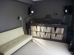 Thick shelving, easy to pull out records to view but too small?