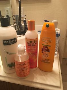 If you want thick, strong, silky hair, you need to think about your hair health. If you're not nourishing your body, you're not going to have healthy hair. Natural Hair Journey Tips, Natural Hair Tips, Natural Hair Styles, Curly Hair Tips, Curly Hair Styles, Post Workout Hair, Girls Natural Hairstyles, Hair Supplies, Pelo Natural