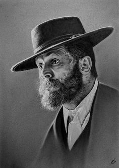 My charcoal drawing of Tom Hardy as Alfie Solomons from British gangland drama Peaky Blinders. Peaky Blinders Characters, Peaky Blinders Poster, Peaky Blinders Wallpaper, Peaky Blinders Series, Peaky Blinders Thomas, Peaky Blinders Merchandise, Peeky Blinders, Alfie Solomons, Toned Paper