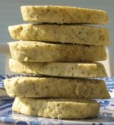 Aniseed Myrtle Shortbread| Bush Tucker Recipes at the Aussie Table