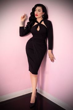 The Black Golden Era Dress features a matching bolero for gorgeous vintage style. Deadly is the Female are UK stockists of Vixen by Micheline Pitt. 50 Style Dresses, Dressy Dresses, Vintage Style Dresses, Vintage Outfits, Fashion Dresses, Vintage Fashion, Party Dresses, Pin Up Outfits, Curvy Outfits