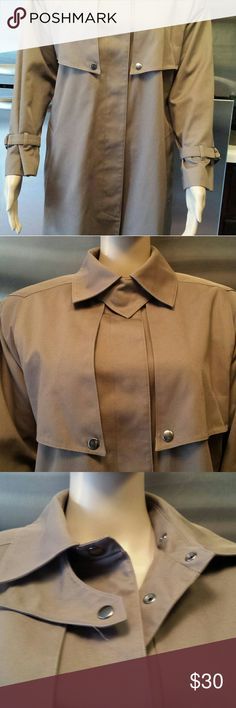 "Women's Bromley Trench / Rain Coat Petite Size 4 Bromley  Trench Coat w/ Lining. Med Brown . Size Petite 4. Top of neck to bottom of coat is 44"" . Has 6 snaps down the  front. Comes with a belt but no loops. Two pockets. Had a take out lining. No stains or tears. Excellent Condition Bromley Jackets & Coats Trench Coats"