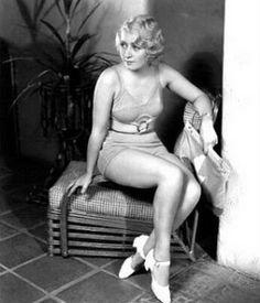 Joan Blondell una primera versión de los trikines