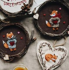 Hand Embroidery Art, Cross Stitch Embroidery, Embroidery Patterns, Diy Craft Projects, Diy And Crafts, Arts And Crafts, Sewing Crafts, Needlework, Christmas Crafts