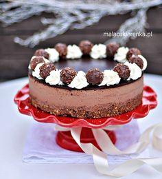 Tort Ferrero Rocher z Nutellą Bez Pieczenia Ferrero Rocher, Vegan Ramen, Ramen Noodles, Vanilla Cake, Nutella, Chocolate Cake, Cheesecake, Cooking Recipes, Sweets
