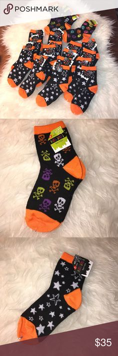 NEW 19 Socks (Size 7-8.5+) Kids This is a bundle of 19 size 7- 8.5+ kids socks. 15 are in the orange black and white star print, four are in the multicolored skull with black and orange print and one is in the multicolored pumpkin with black and orange. All of these are brand new with tags attached and they come from a smoke free and pet free home. I bought these for a project but I didn't need as many as I thought I would Accessories Socks & Tights